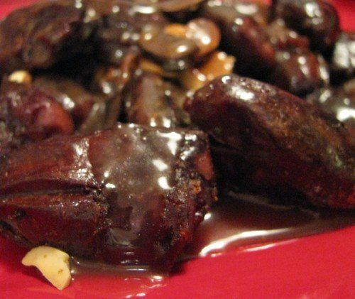 almonds and dates with caramel